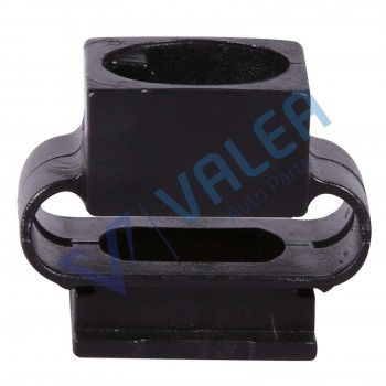 VCF2640 10 Pieces Belly Pan Holder for Audi: 4A0805163